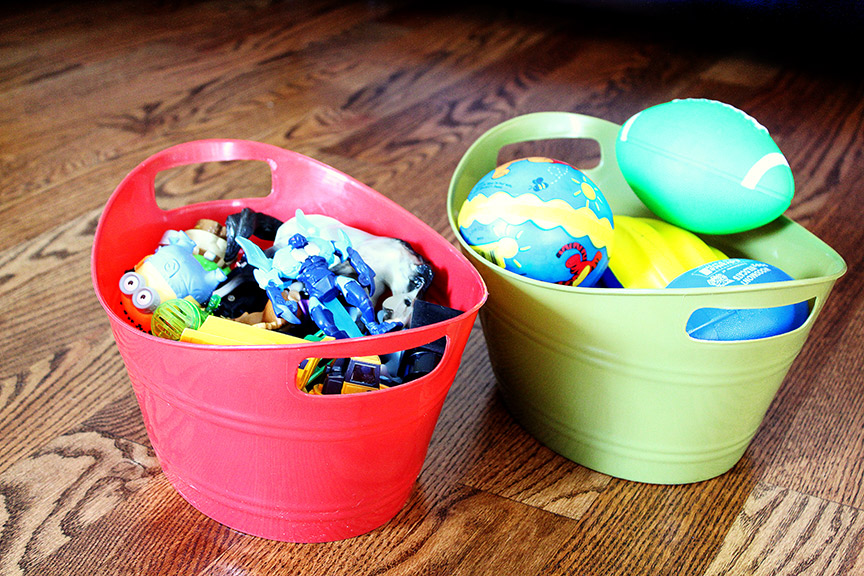 Use bins to quickly sort & stash items for a quick clean-up!