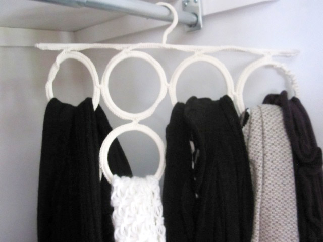 Tips for organizing your scarf collection!